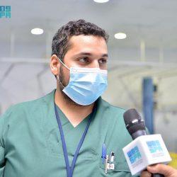 """وزير الإعلام يدشن المركز الإعلامي لـ """"واس"""" بمقر جامعة أم القرى"""